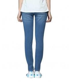شلوار جین آبی روشن