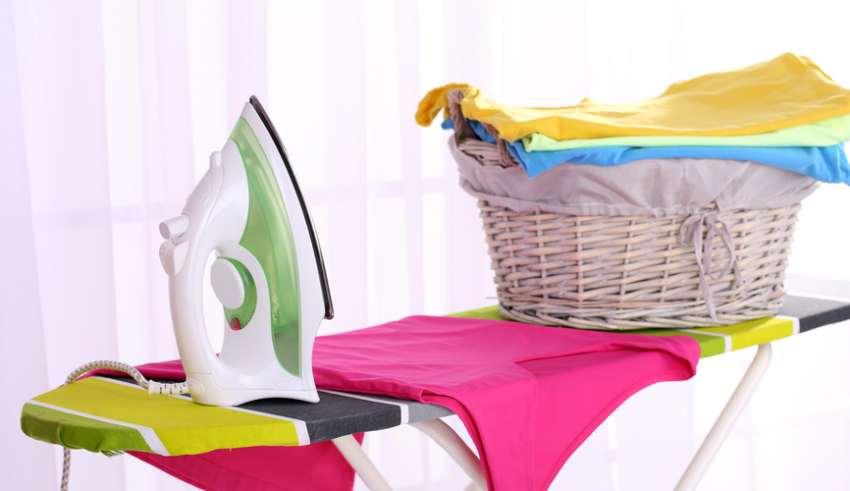شستن و اتو کشی لباس ها