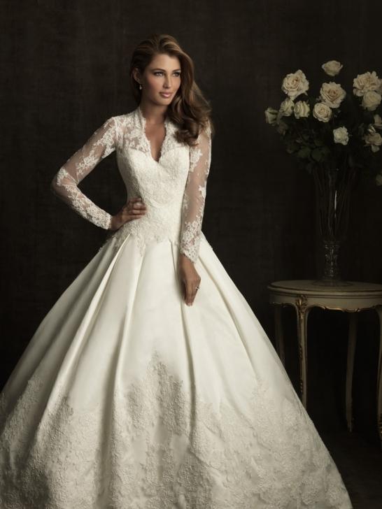 beautiful-wedding-dress-with-long-sleeves