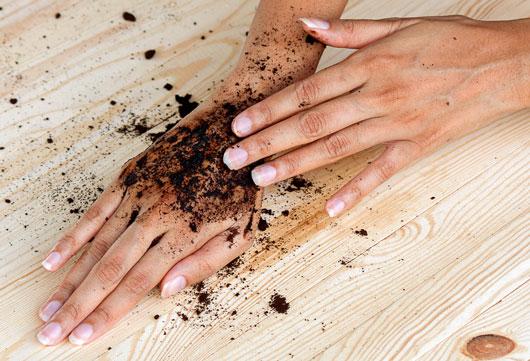 تاثیر قهوه بر پوست