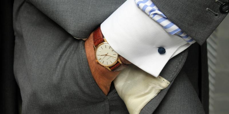 ساعت مچی مناسب کت و شلوار