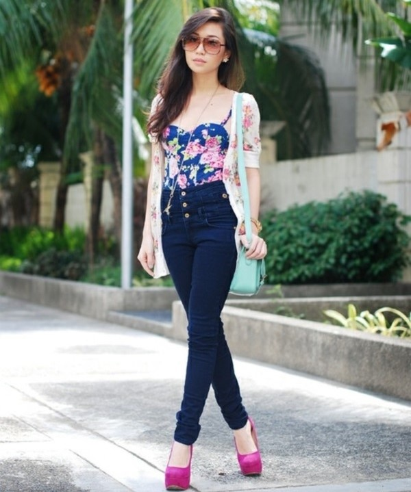 High-Waisted-Jeans-Street-Style-3