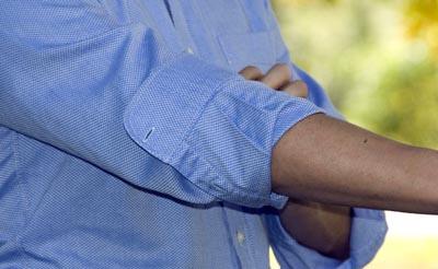 تا زدن آستین پیراهن مردانه