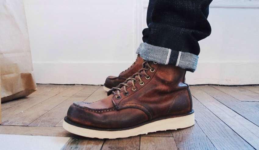با شلوار جین آبی چه کفشی بپوشیم