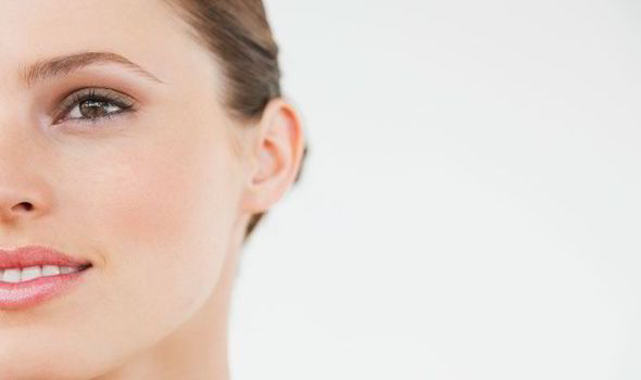 health-beauty-face-skin-line-spot-secret-Christine-Fieldhouse-556355