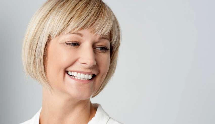 رنگ موی مناسب برای خانم میانسال