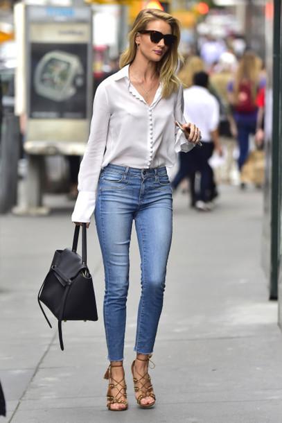 شومیز سفید و شلوار جین