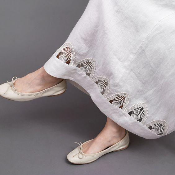 کفش اسپرت با دامن بلند زنانه