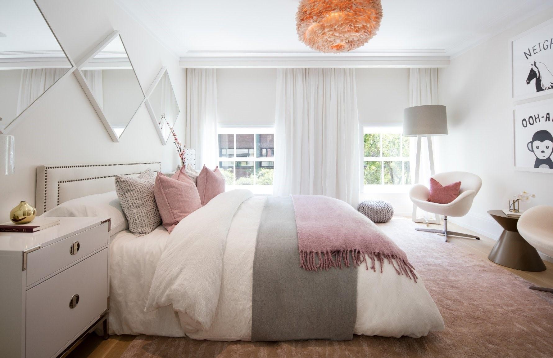 چیدمان اتاق خواب با اکسسوری