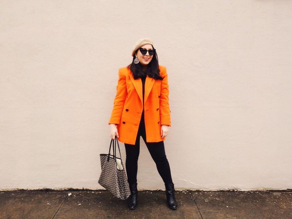 ترکیب رنگ نارنجی و مشکی ست کردن لباس رنگ نارنجی با مشکی