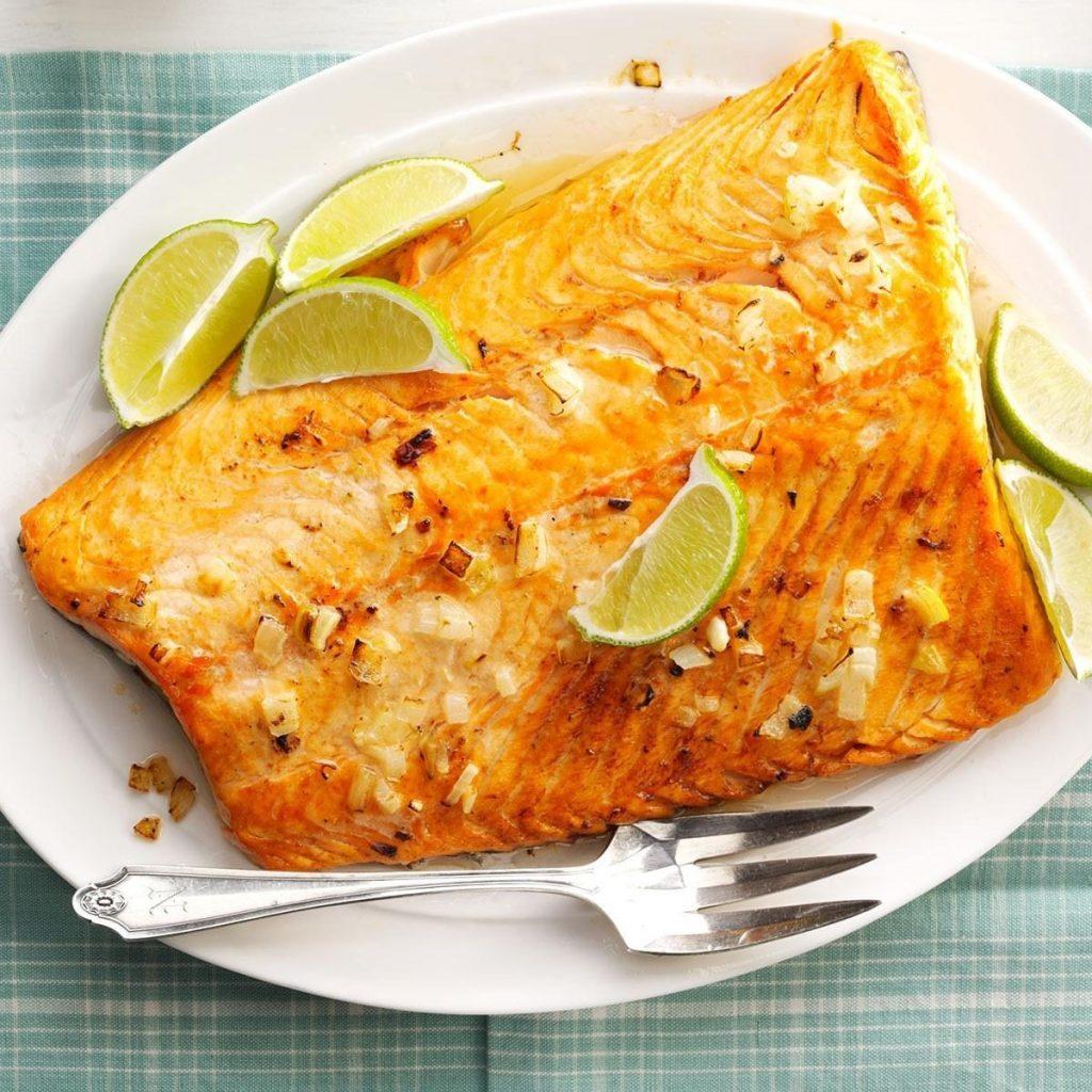 دستور پخت ماهی قزلآلای لیمویی برای شامی سبک