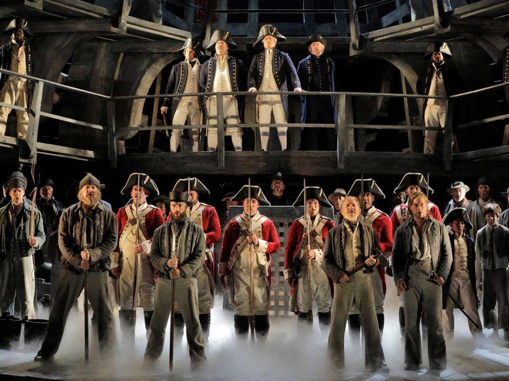 فرق موزیک اپرا و تئاتر موزیکال چیست