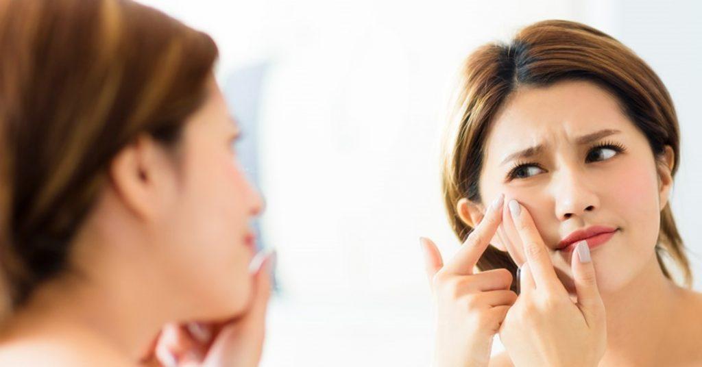 طرز استفاده از کرم موبر برای اصلاح صورت