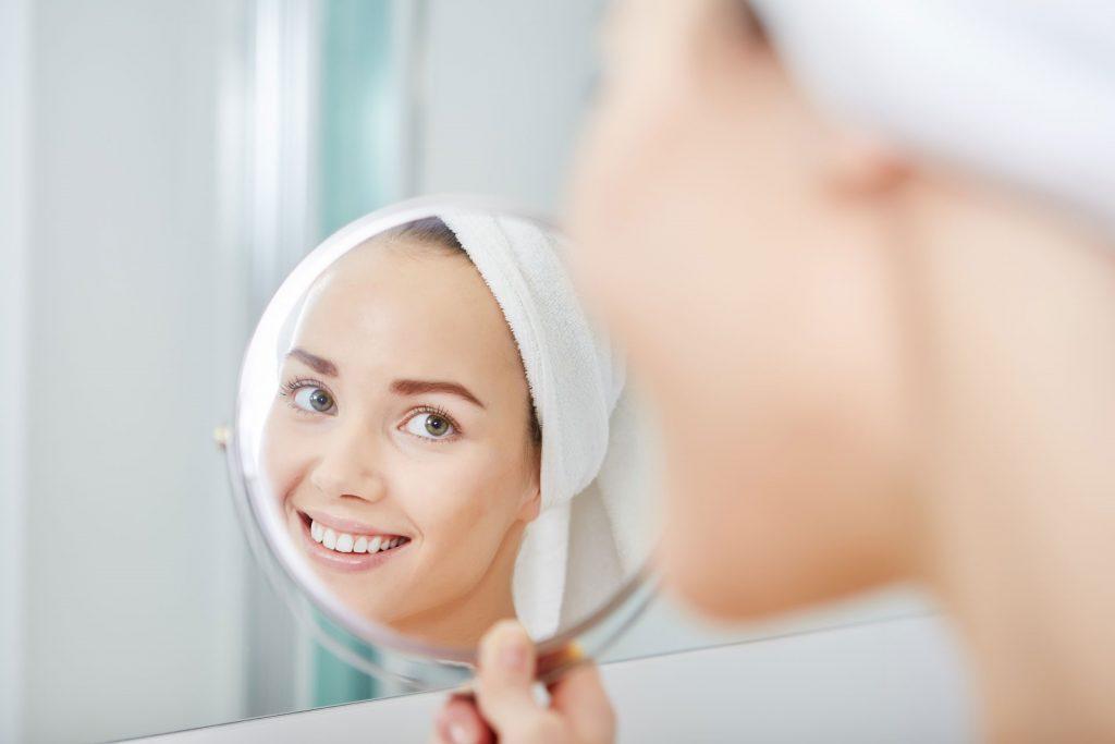 بهترین روش اصلاح صورت خانم ها
