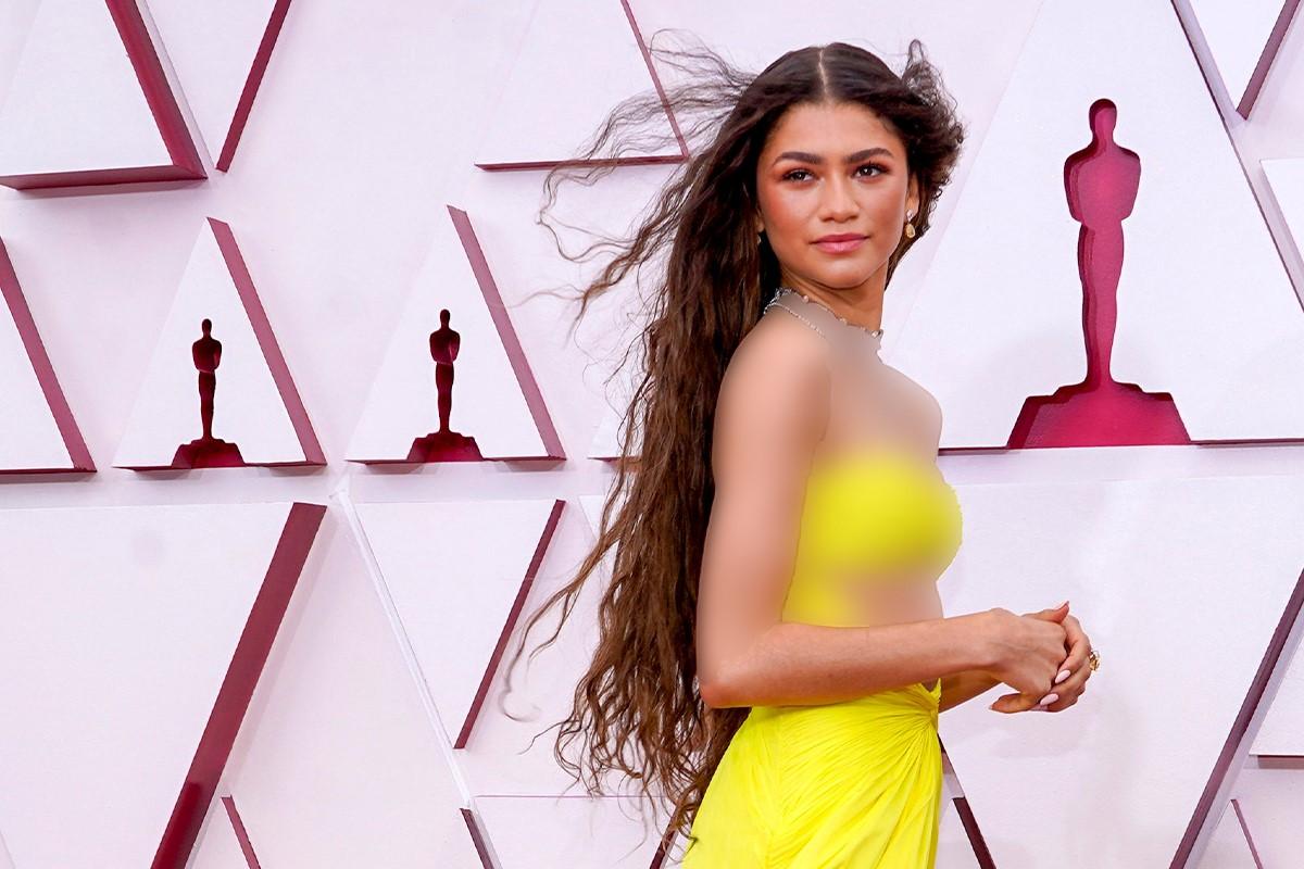 زندایا در لباس زرد مراسم اسکار