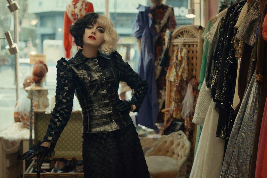 استلا طراح لباس فیلم کروئلا