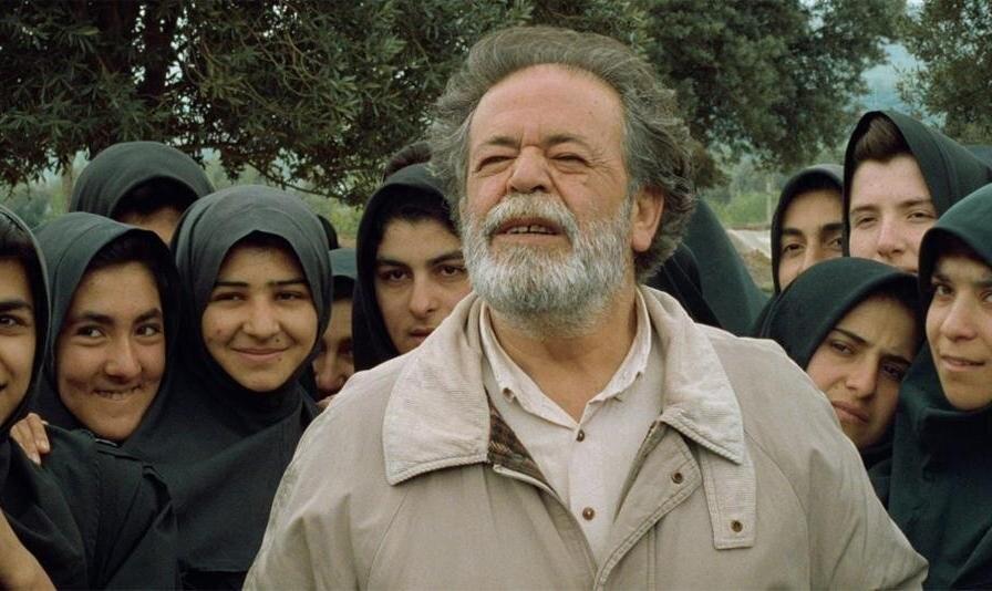زیر درختان زیتون ، فیلم برتر دهۀ 70